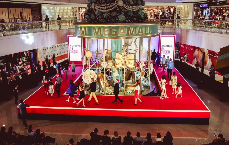Great British Fashion Show Finale Walk
